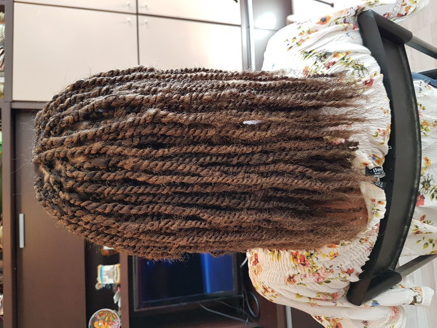 salon de coiffure afro tresse tresses box braids crochet braids vanilles tissages paris 75 77 78 91 92 93 94 95 QKRKEQSI