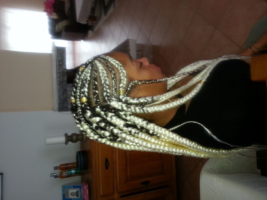 salon de coiffure afro tresse tresses box braids crochet braids vanilles tissages paris 75 77 78 91 92 93 94 95 ACXNJBGG