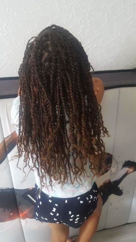 salon de coiffure afro tresse tresses box braids crochet braids vanilles tissages paris 75 77 78 91 92 93 94 95 PEZCEJVU