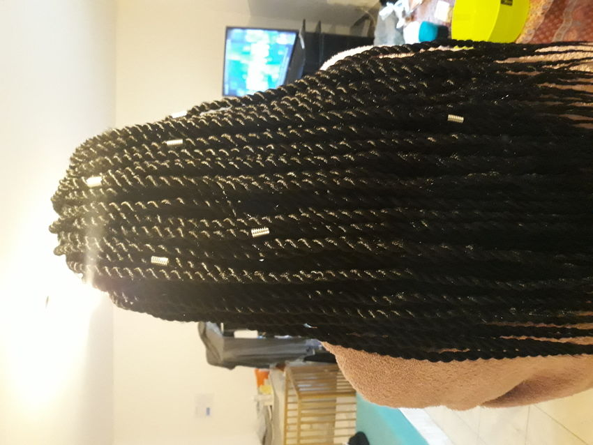 salon de coiffure afro tresse tresses box braids crochet braids vanilles tissages paris 75 77 78 91 92 93 94 95 LMJYSWCI