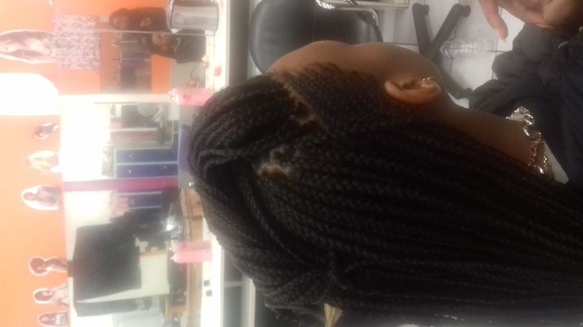 salon de coiffure afro tresse tresses box braids crochet braids vanilles tissages paris 75 77 78 91 92 93 94 95 WBYEPLNK