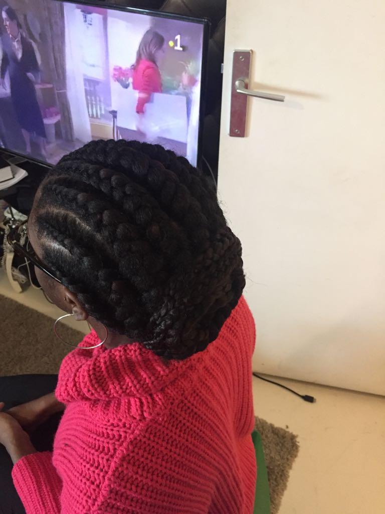 salon de coiffure afro tresse tresses box braids crochet braids vanilles tissages paris 75 77 78 91 92 93 94 95 AQGHKPMM