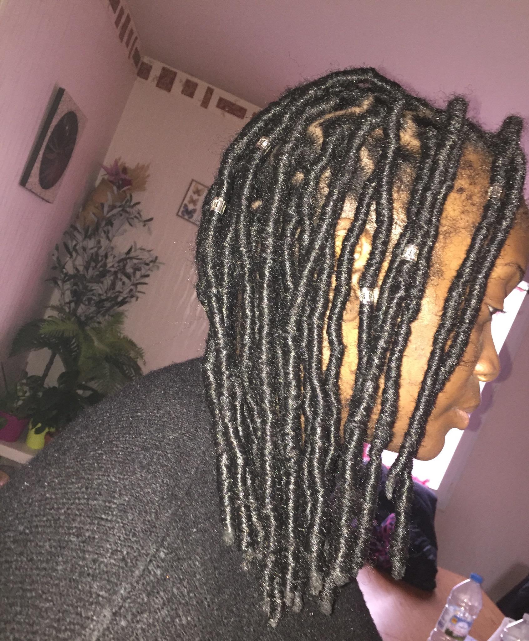 salon de coiffure afro tresse tresses box braids crochet braids vanilles tissages paris 75 77 78 91 92 93 94 95 RLNGOIRQ