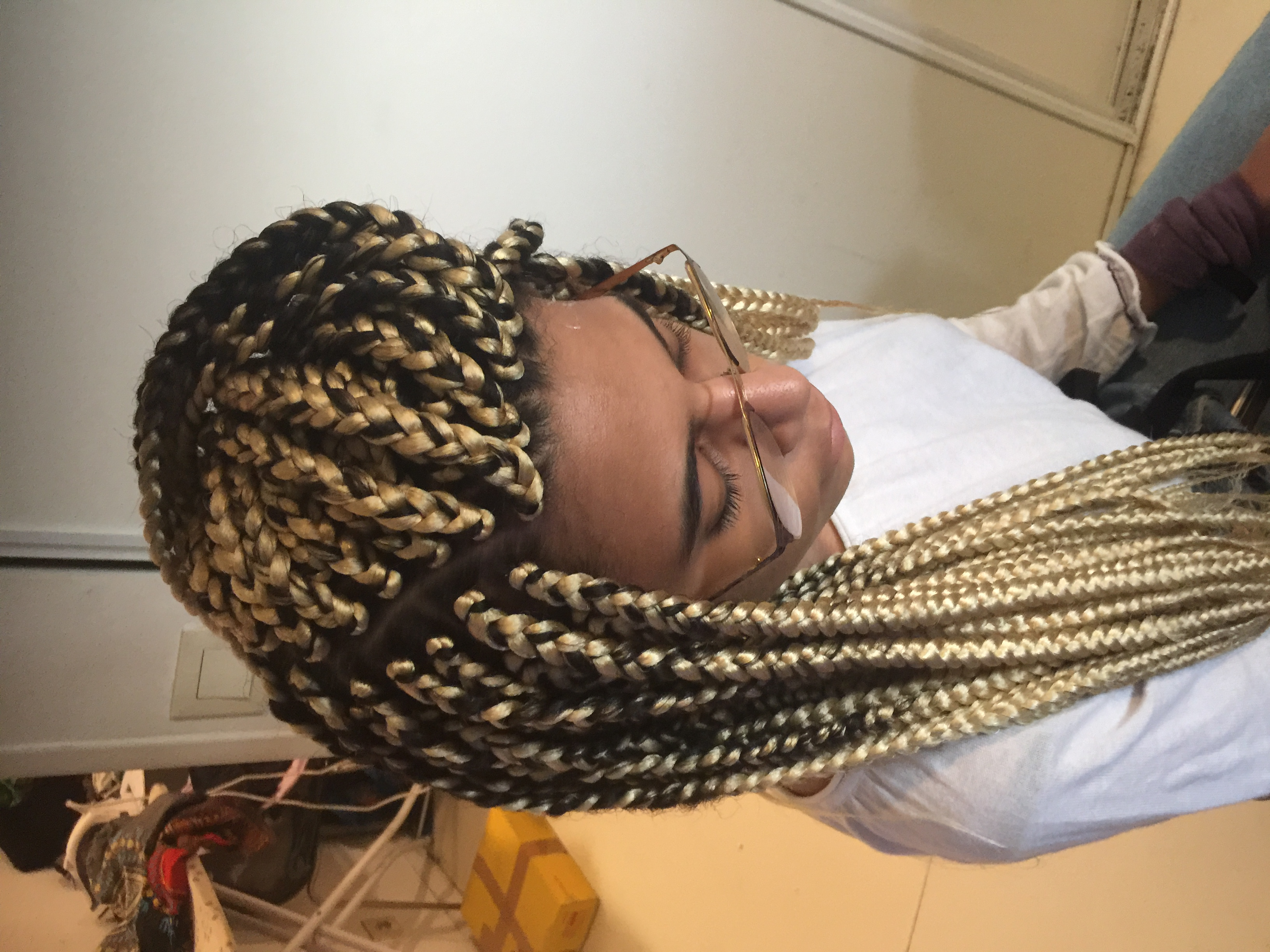 salon de coiffure afro tresse tresses box braids crochet braids vanilles tissages paris 75 77 78 91 92 93 94 95 IURUIWBC