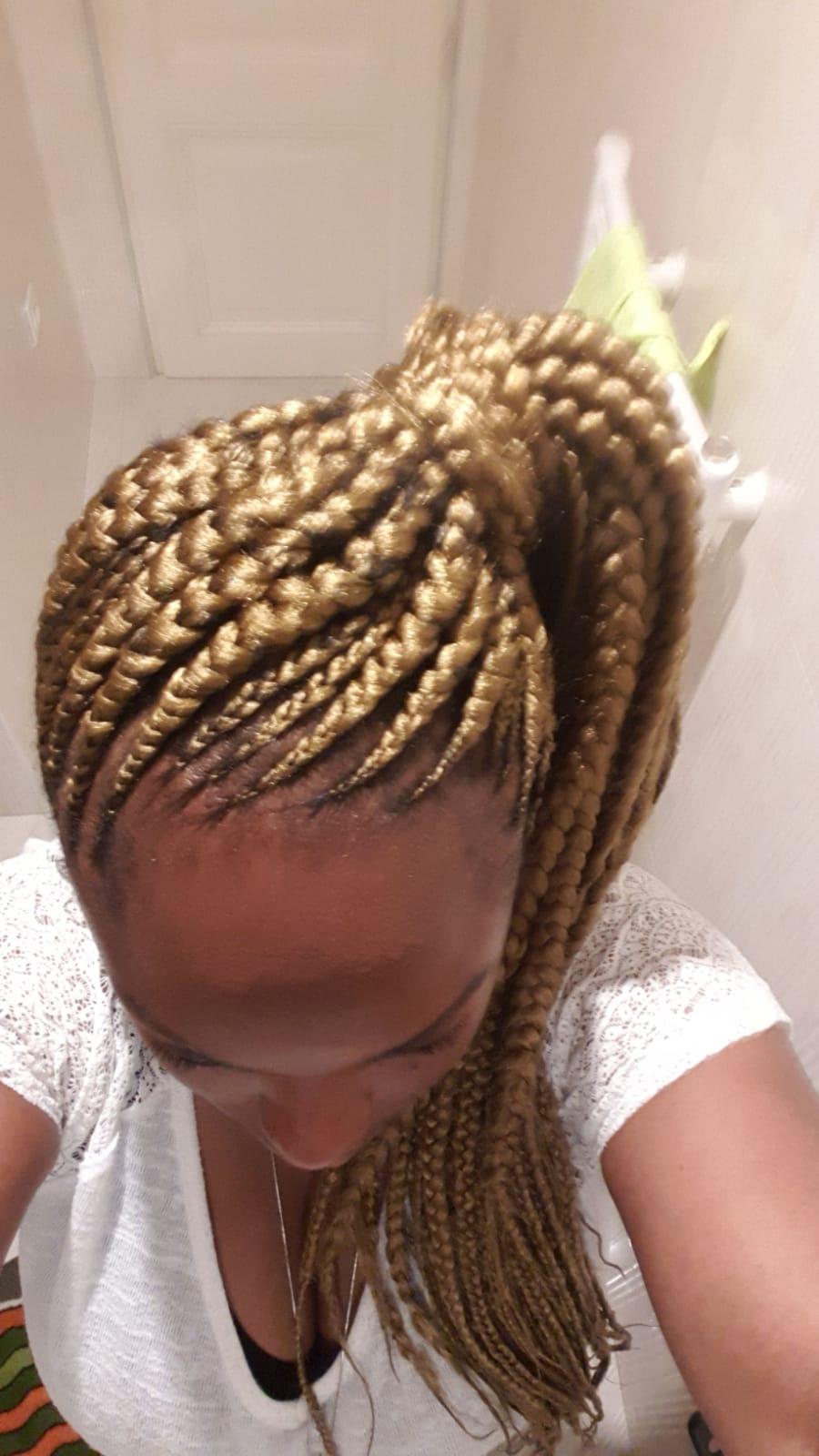 salon de coiffure afro tresse tresses box braids crochet braids vanilles tissages paris 75 77 78 91 92 93 94 95 SFYSWXSN