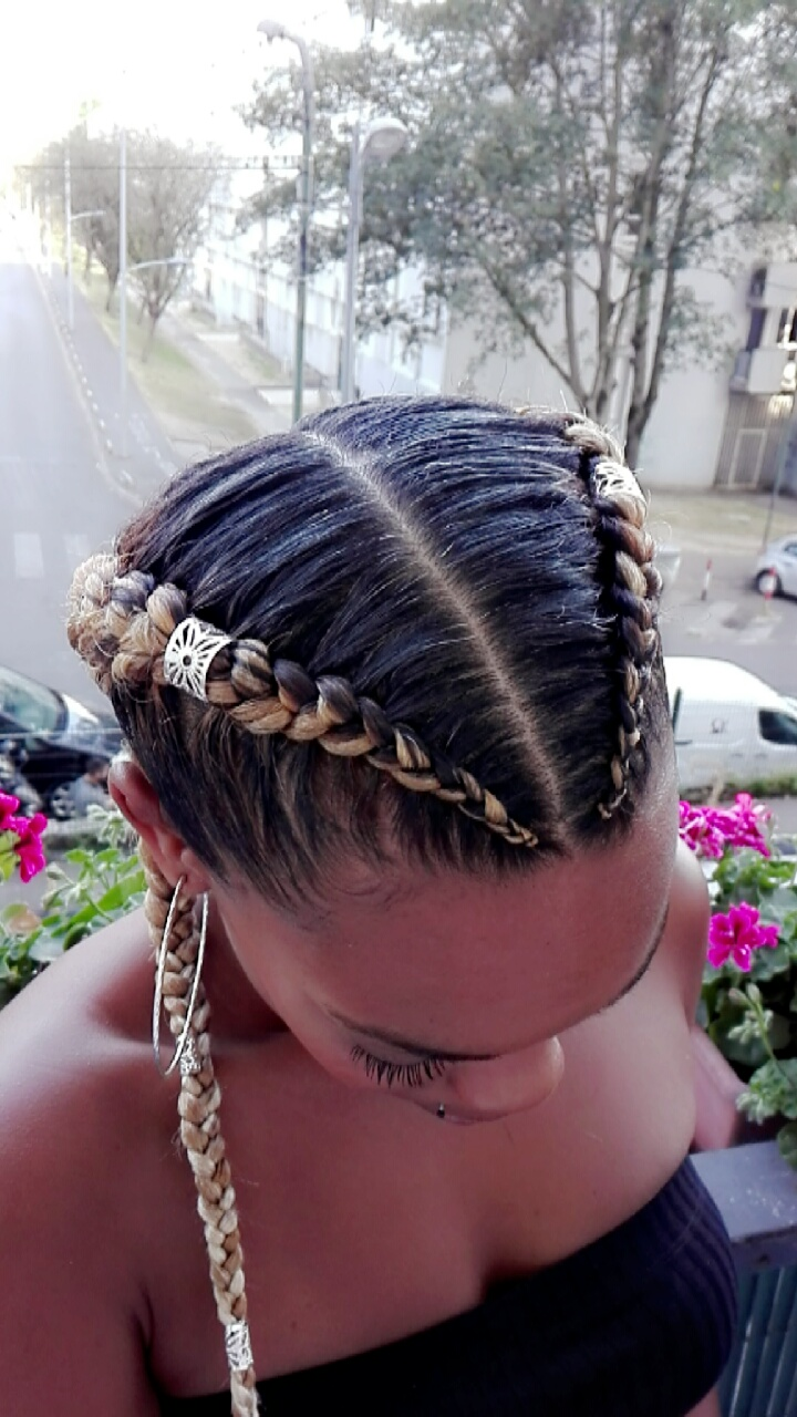 salon de coiffure afro tresse tresses box braids crochet braids vanilles tissages paris 75 77 78 91 92 93 94 95 QZCAQRXC