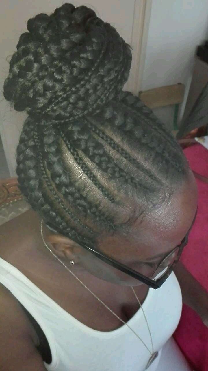 salon de coiffure afro tresse tresses box braids crochet braids vanilles tissages paris 75 77 78 91 92 93 94 95 CMNUPYZR