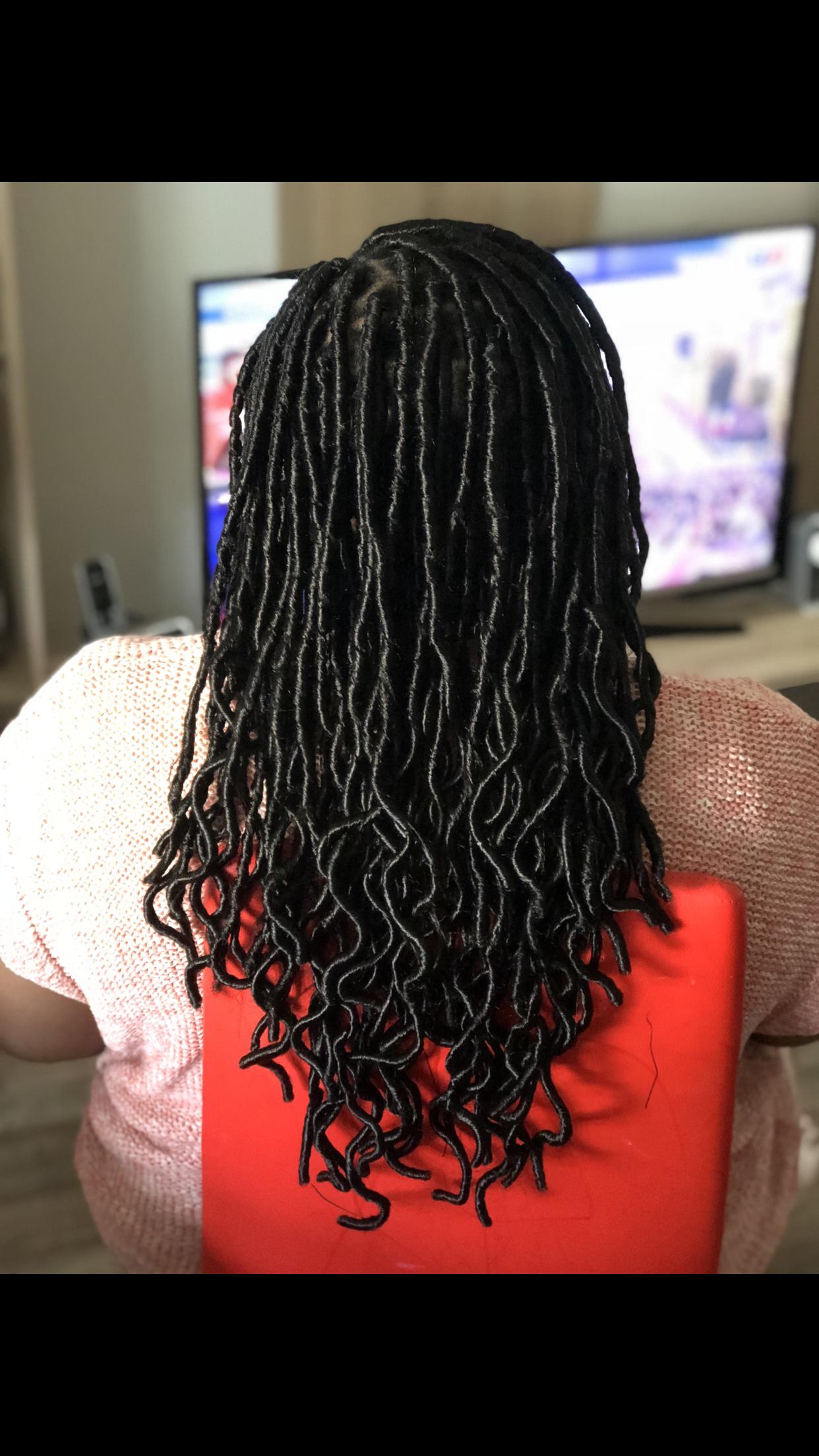 salon de coiffure afro tresse tresses box braids crochet braids vanilles tissages paris 75 77 78 91 92 93 94 95 IIEFHJKU