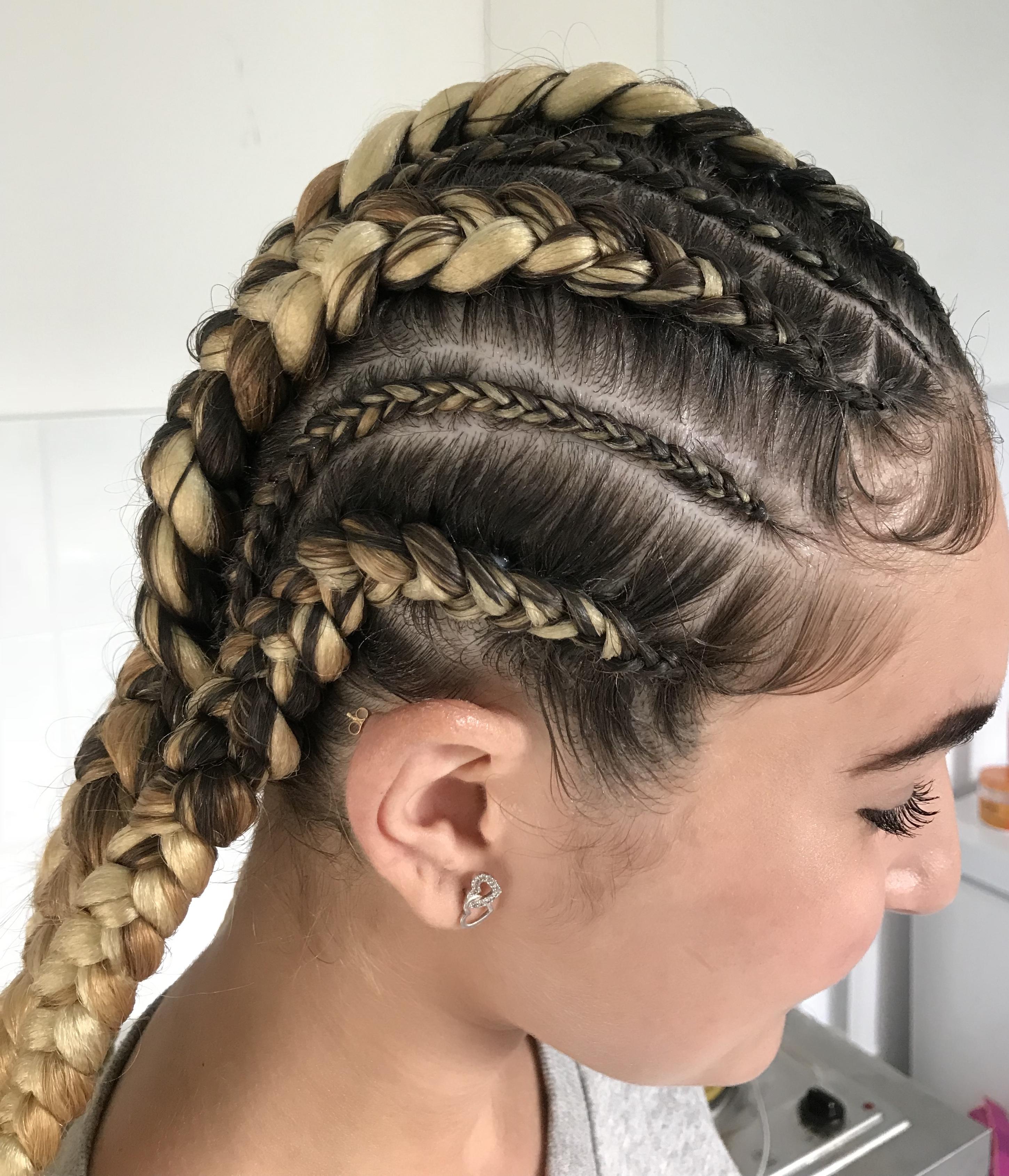 salon de coiffure afro tresse tresses box braids crochet braids vanilles tissages paris 75 77 78 91 92 93 94 95 CGWTGQDO