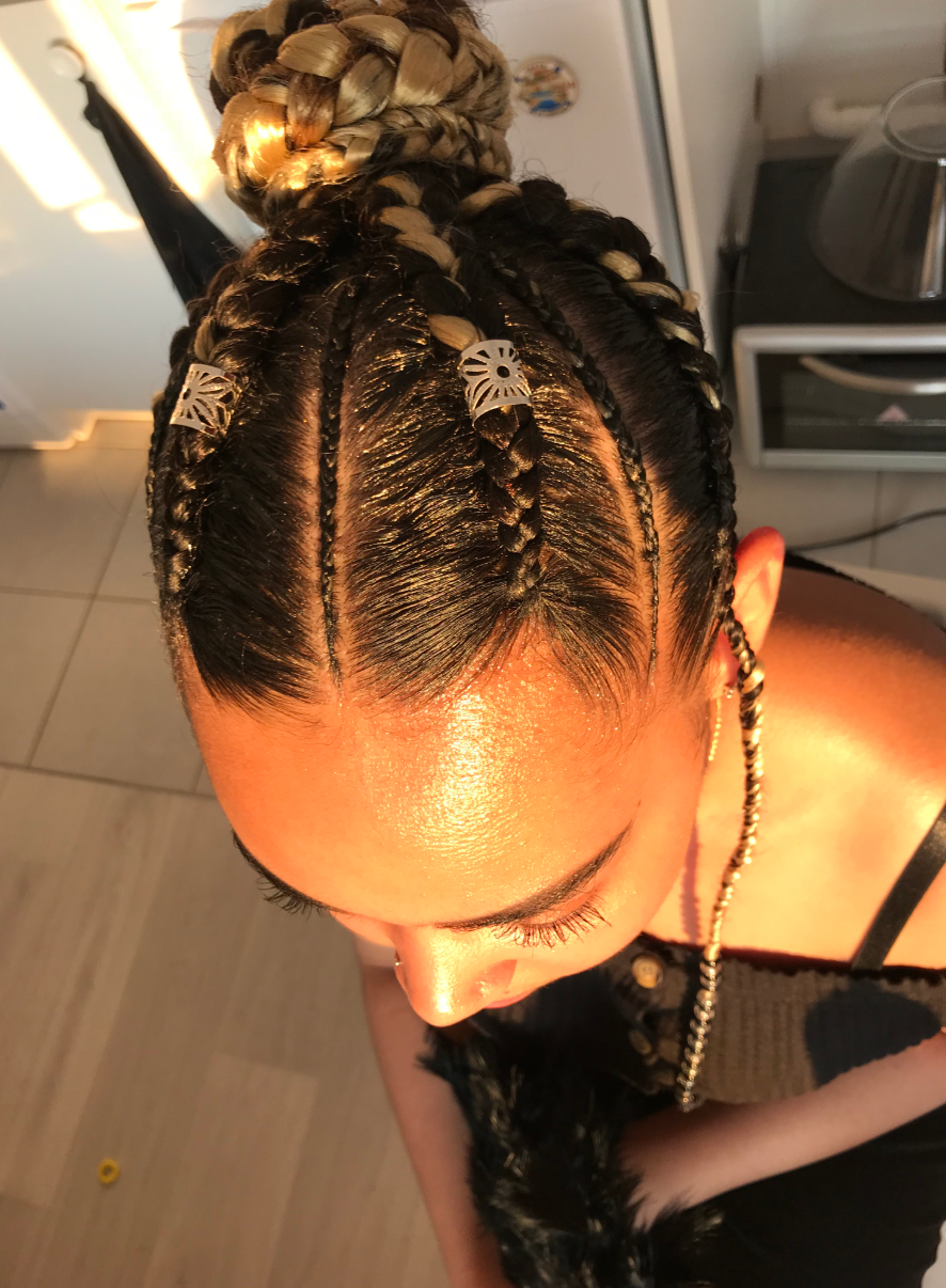 salon de coiffure afro tresse tresses box braids crochet braids vanilles tissages paris 75 77 78 91 92 93 94 95 FGAFTHAK
