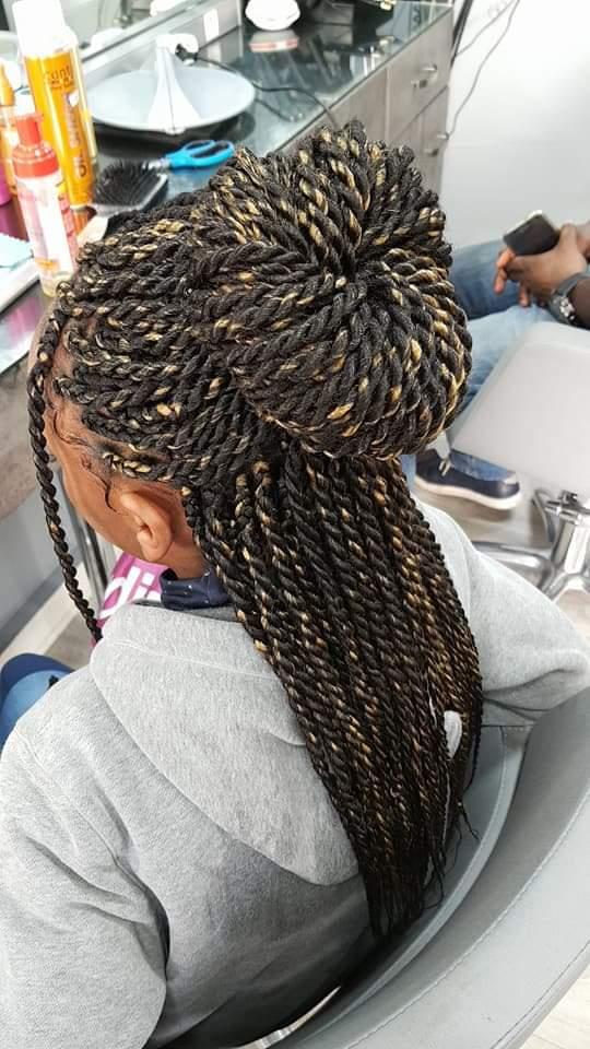 salon de coiffure afro tresse tresses box braids crochet braids vanilles tissages paris 75 77 78 91 92 93 94 95 BYPCRBCA