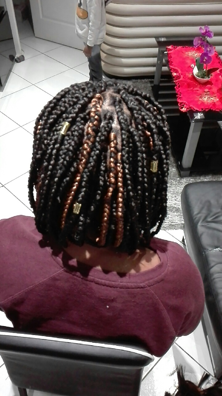 salon de coiffure afro tresse tresses box braids crochet braids vanilles tissages paris 75 77 78 91 92 93 94 95 NXQQGAQO