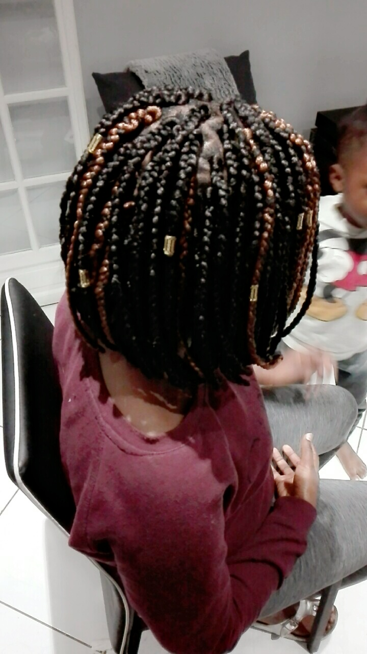 salon de coiffure afro tresse tresses box braids crochet braids vanilles tissages paris 75 77 78 91 92 93 94 95 QEFMQWUY