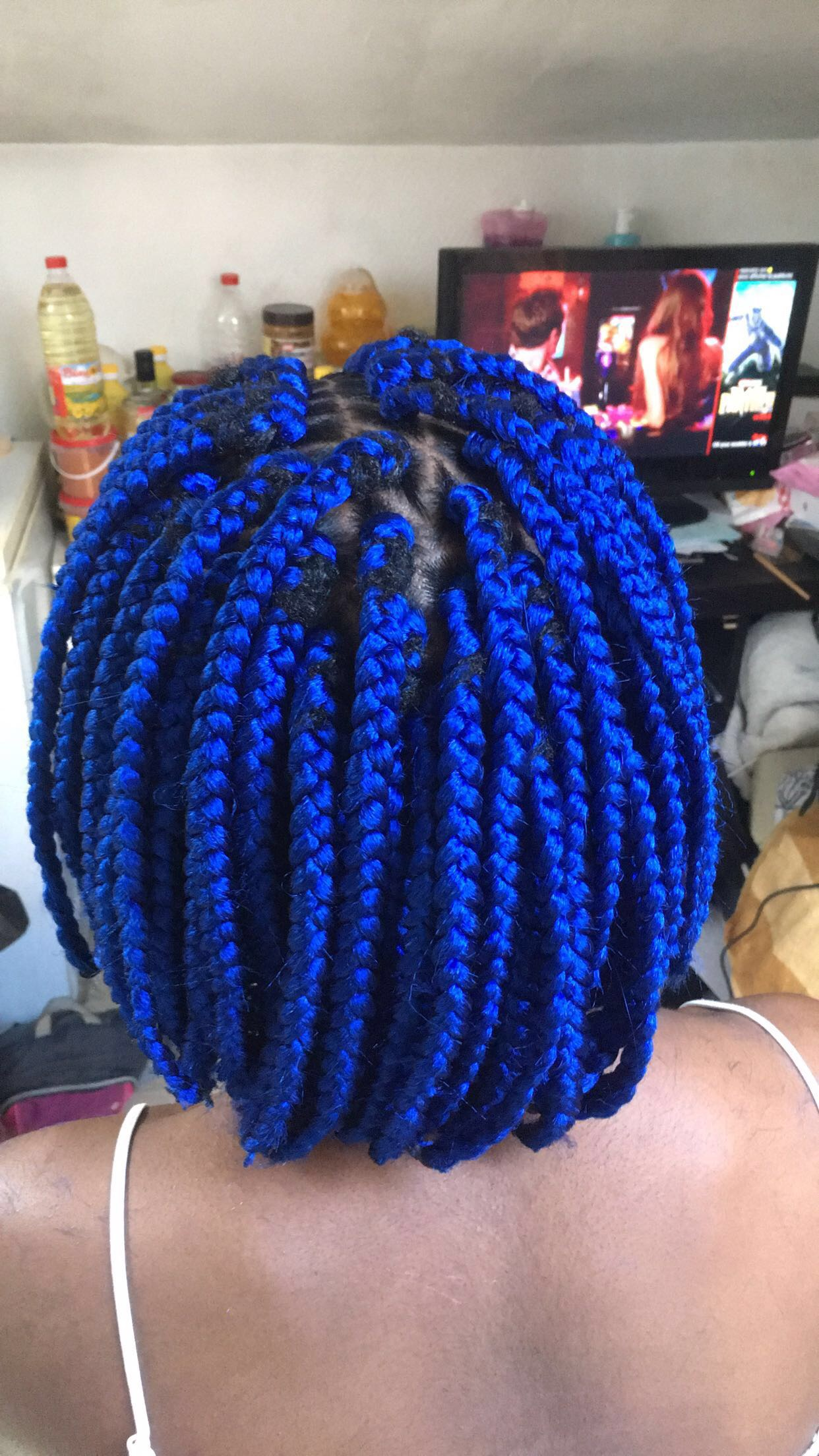 salon de coiffure afro tresse tresses box braids crochet braids vanilles tissages paris 75 77 78 91 92 93 94 95 DEZZOZMI
