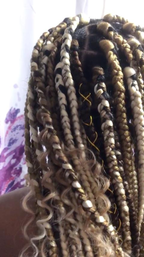 salon de coiffure afro tresse tresses box braids crochet braids vanilles tissages paris 75 77 78 91 92 93 94 95 VAFJPRAB
