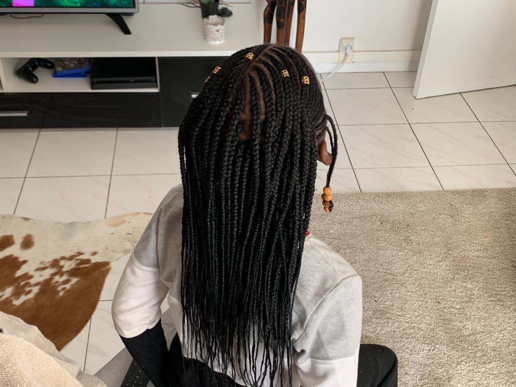 salon de coiffure afro tresse tresses box braids crochet braids vanilles tissages paris 75 77 78 91 92 93 94 95 NWAGBROA