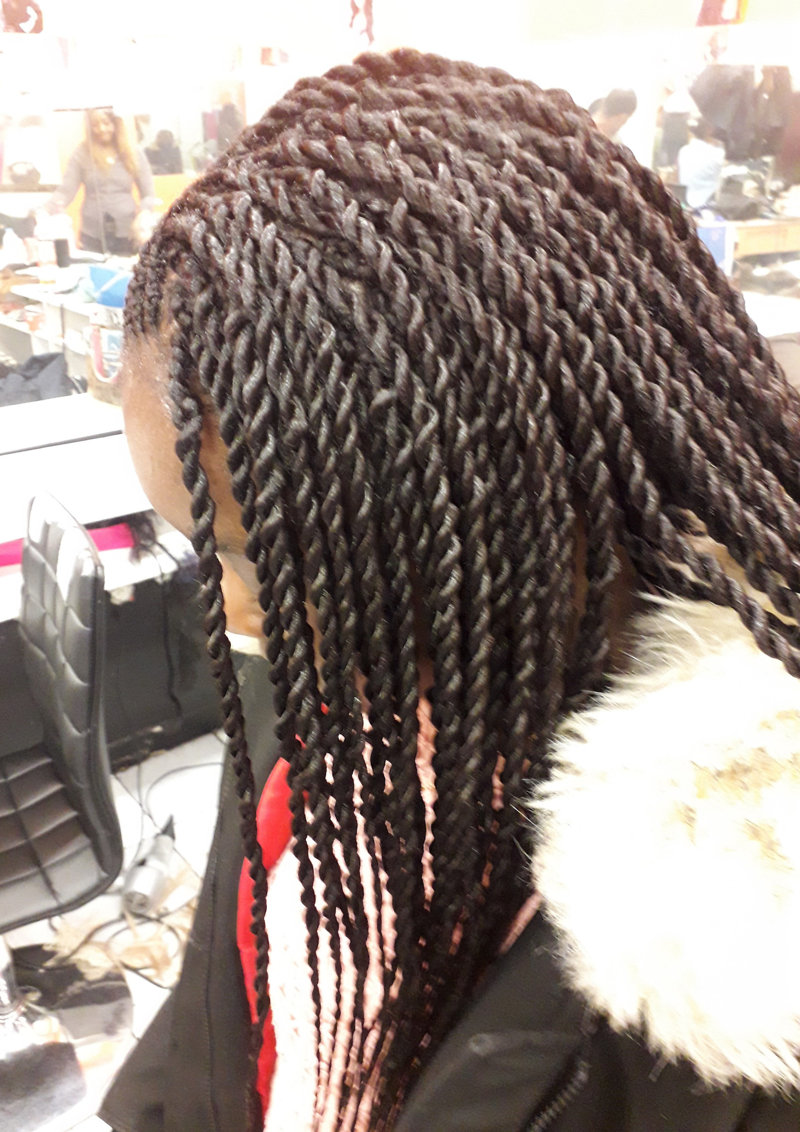 salon de coiffure afro tresse tresses box braids crochet braids vanilles tissages paris 75 77 78 91 92 93 94 95 UNRCWMBA
