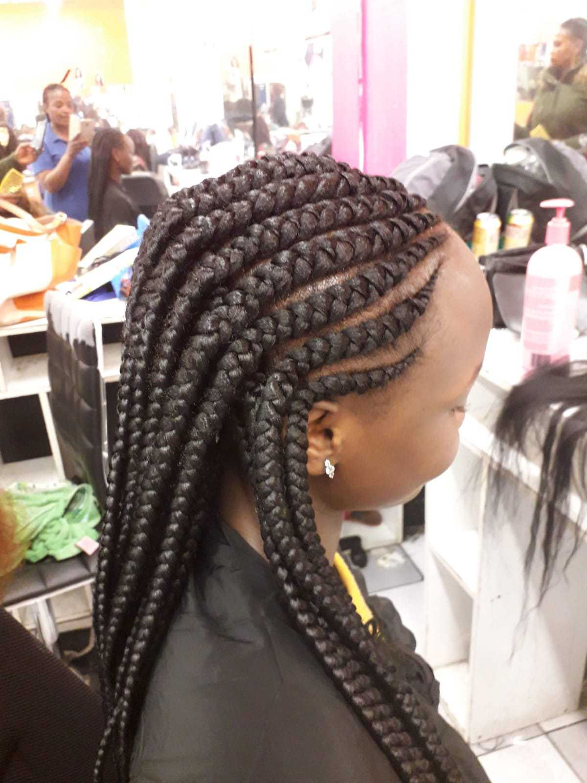 salon de coiffure afro tresse tresses box braids crochet braids vanilles tissages paris 75 77 78 91 92 93 94 95 ZNLSOZZC