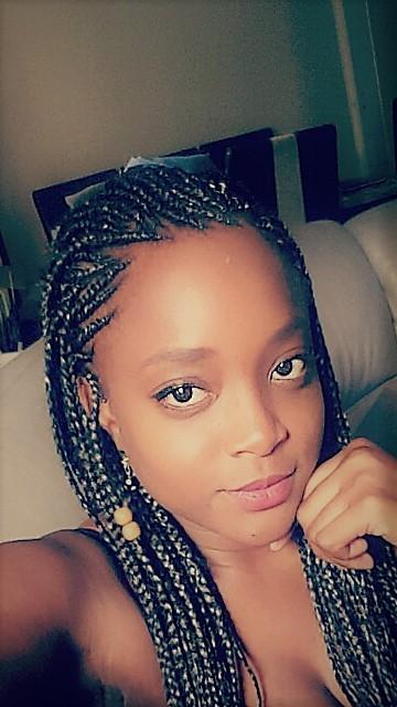 salon de coiffure afro tresse tresses box braids crochet braids vanilles tissages paris 75 77 78 91 92 93 94 95 CUEWDSHS