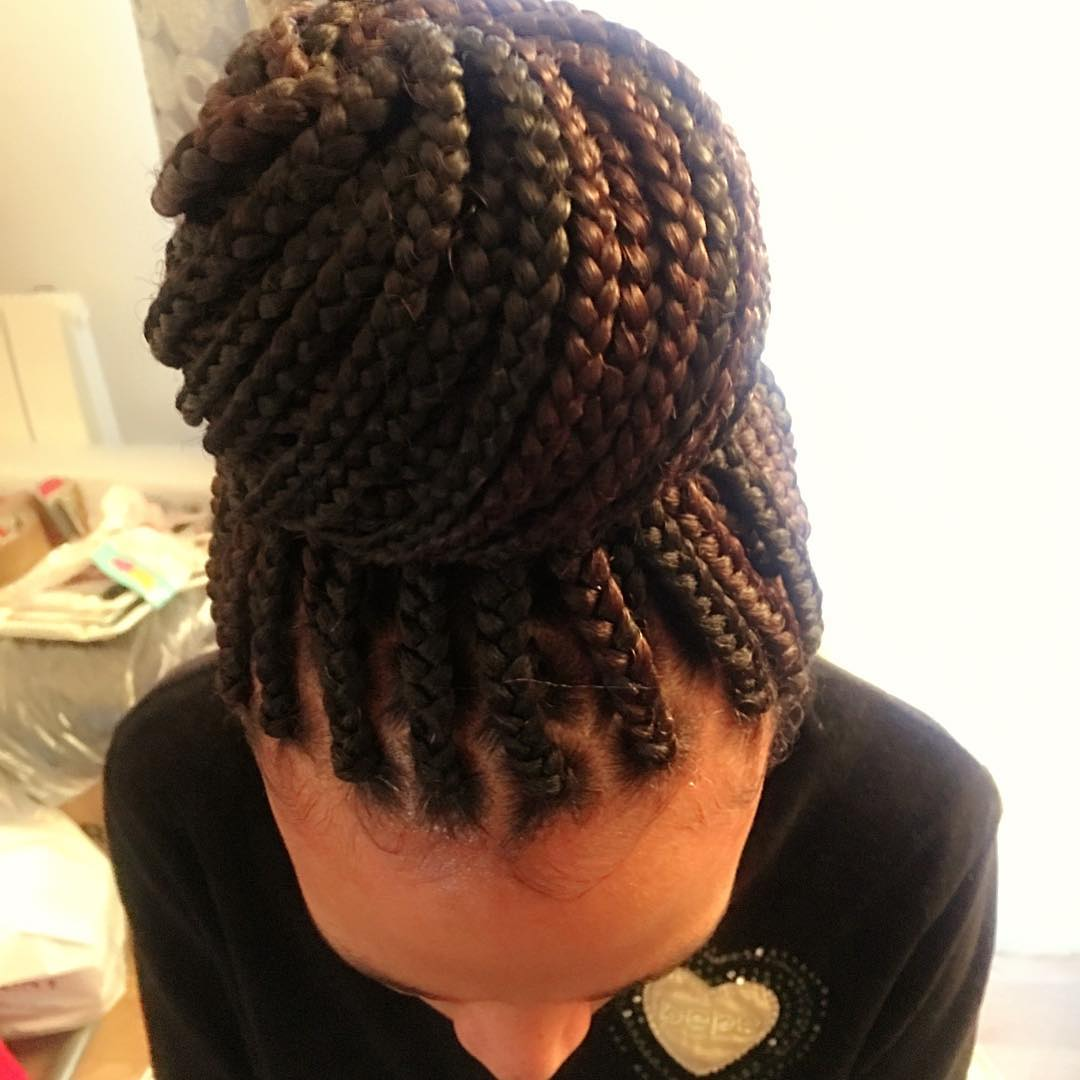 salon de coiffure afro tresse tresses box braids crochet braids vanilles tissages paris 75 77 78 91 92 93 94 95 UVURIEAD