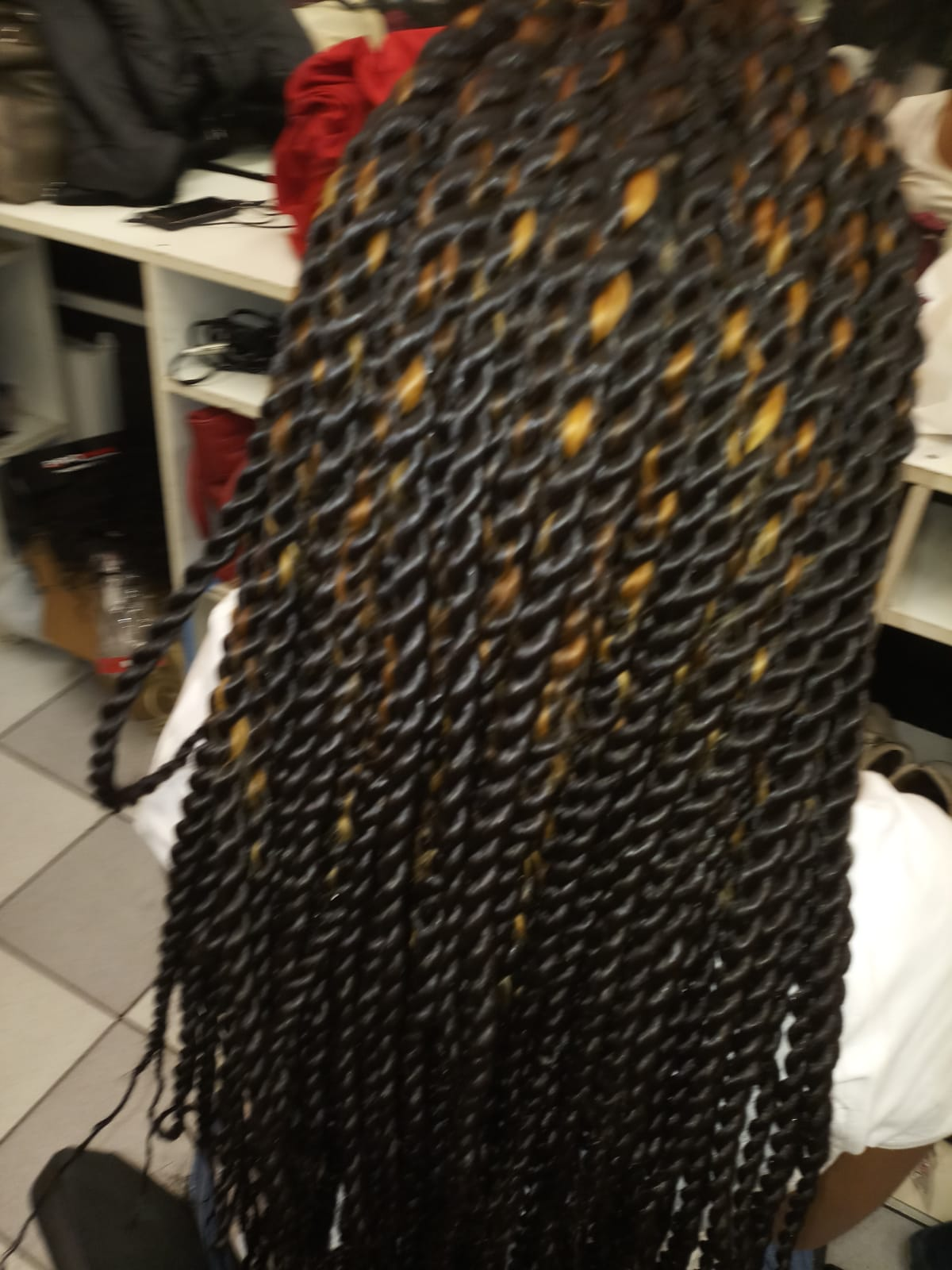 salon de coiffure afro tresse tresses box braids crochet braids vanilles tissages paris 75 77 78 91 92 93 94 95 FADKAYAQ