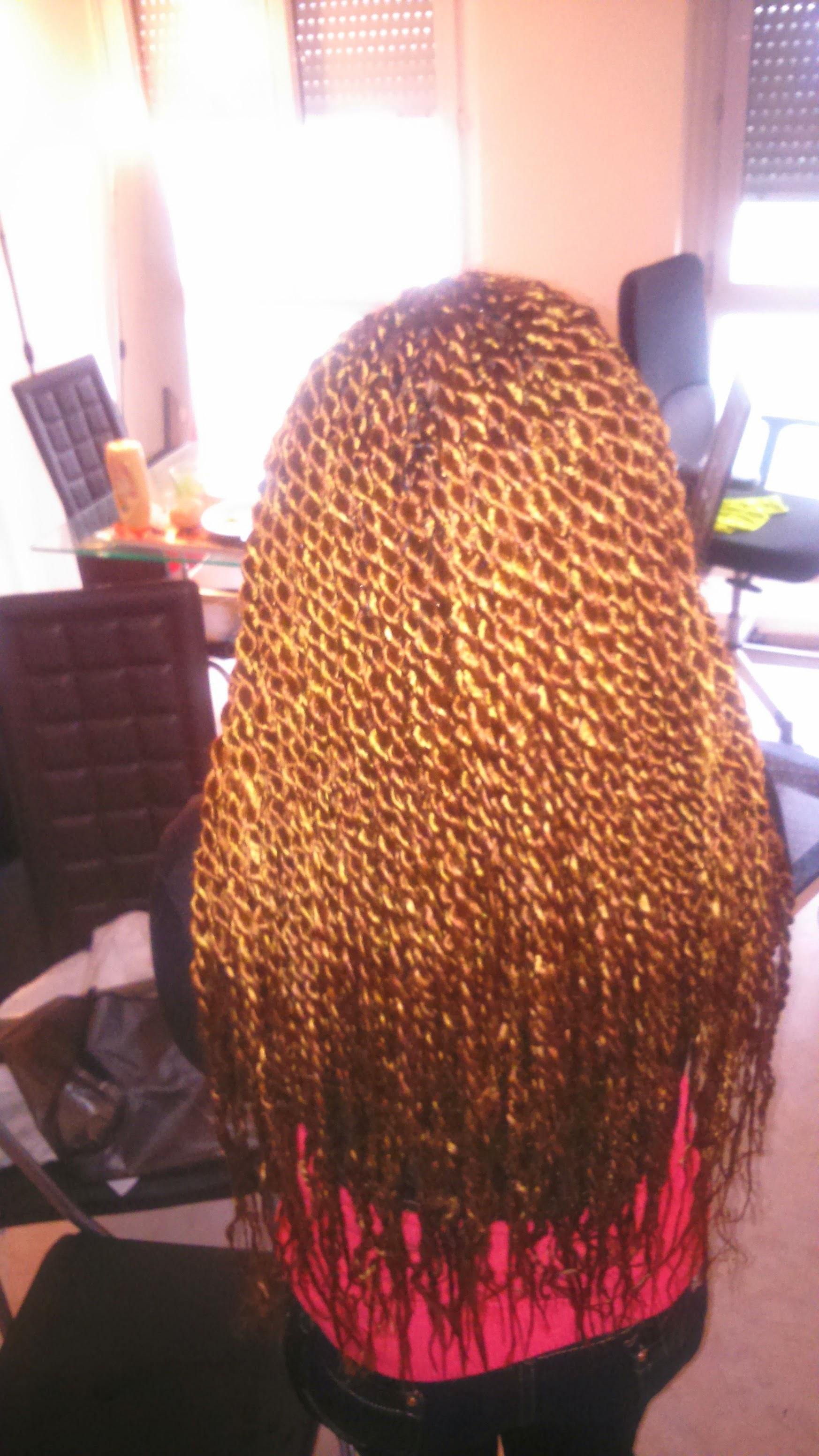 salon de coiffure afro tresse tresses box braids crochet braids vanilles tissages paris 75 77 78 91 92 93 94 95 VAMUGIFG