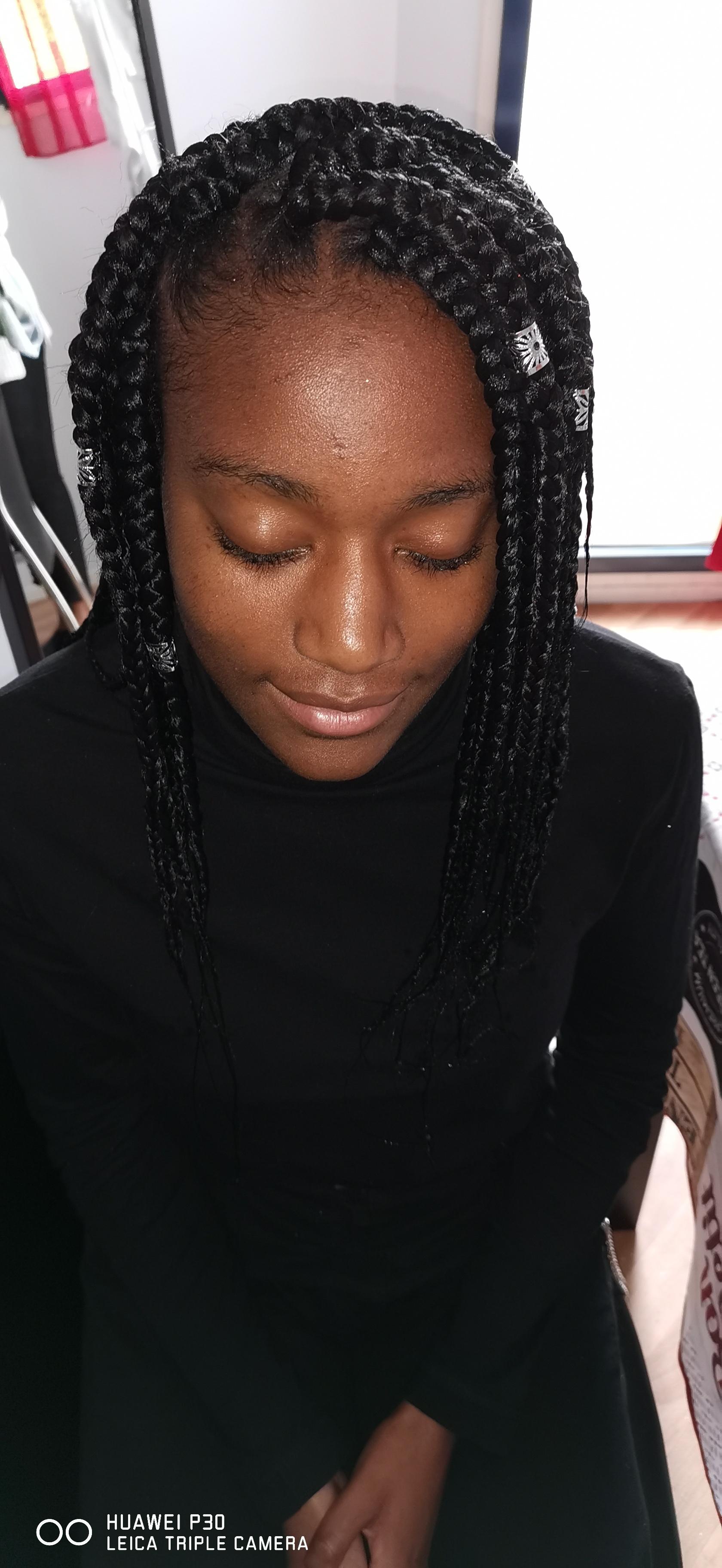 salon de coiffure afro tresse tresses box braids crochet braids vanilles tissages paris 75 77 78 91 92 93 94 95 YQFTISSN