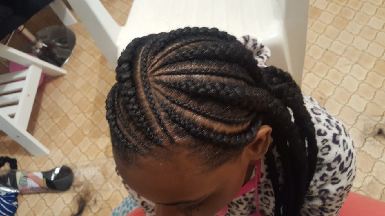 salon de coiffure afro tresse tresses box braids crochet braids vanilles tissages paris 75 77 78 91 92 93 94 95 RPTTUDVX