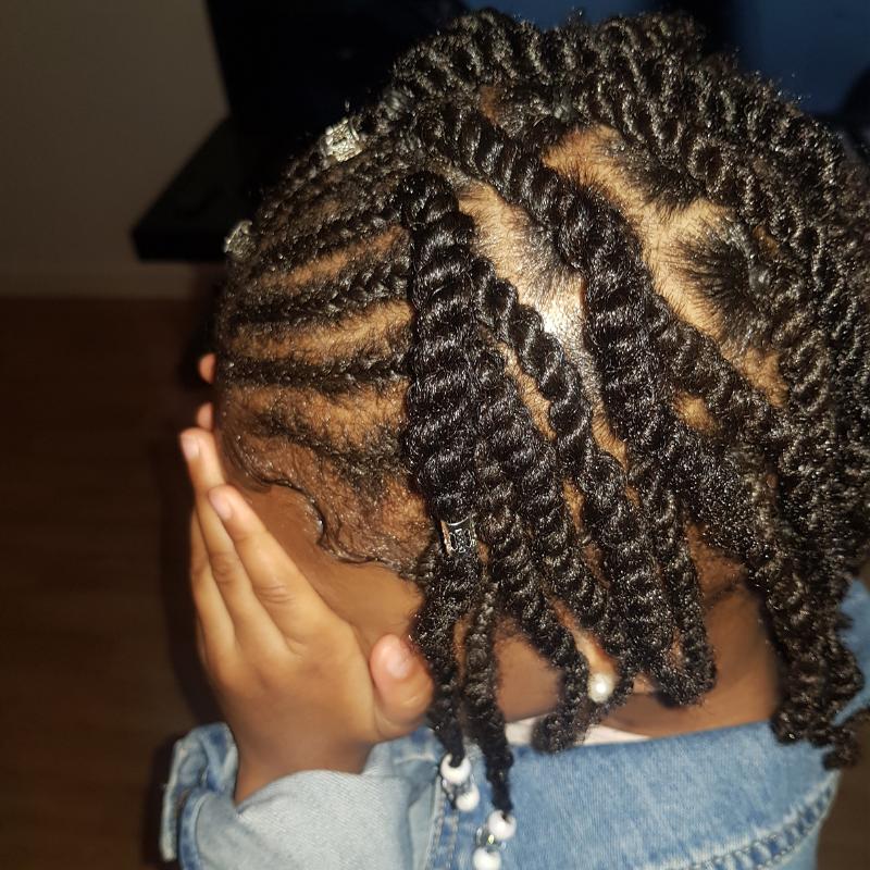 salon de coiffure afro tresse tresses box braids crochet braids vanilles tissages paris 75 77 78 91 92 93 94 95 IZUWOMDI