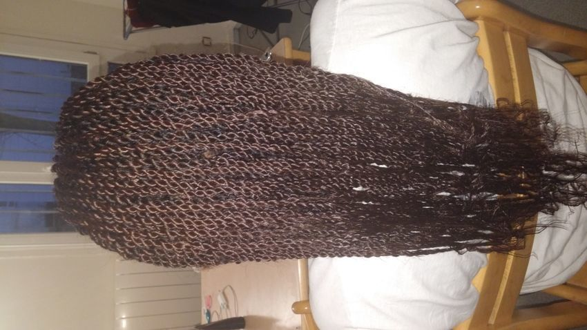 salon de coiffure afro tresse tresses box braids crochet braids vanilles tissages paris 75 77 78 91 92 93 94 95 IDOITNVF