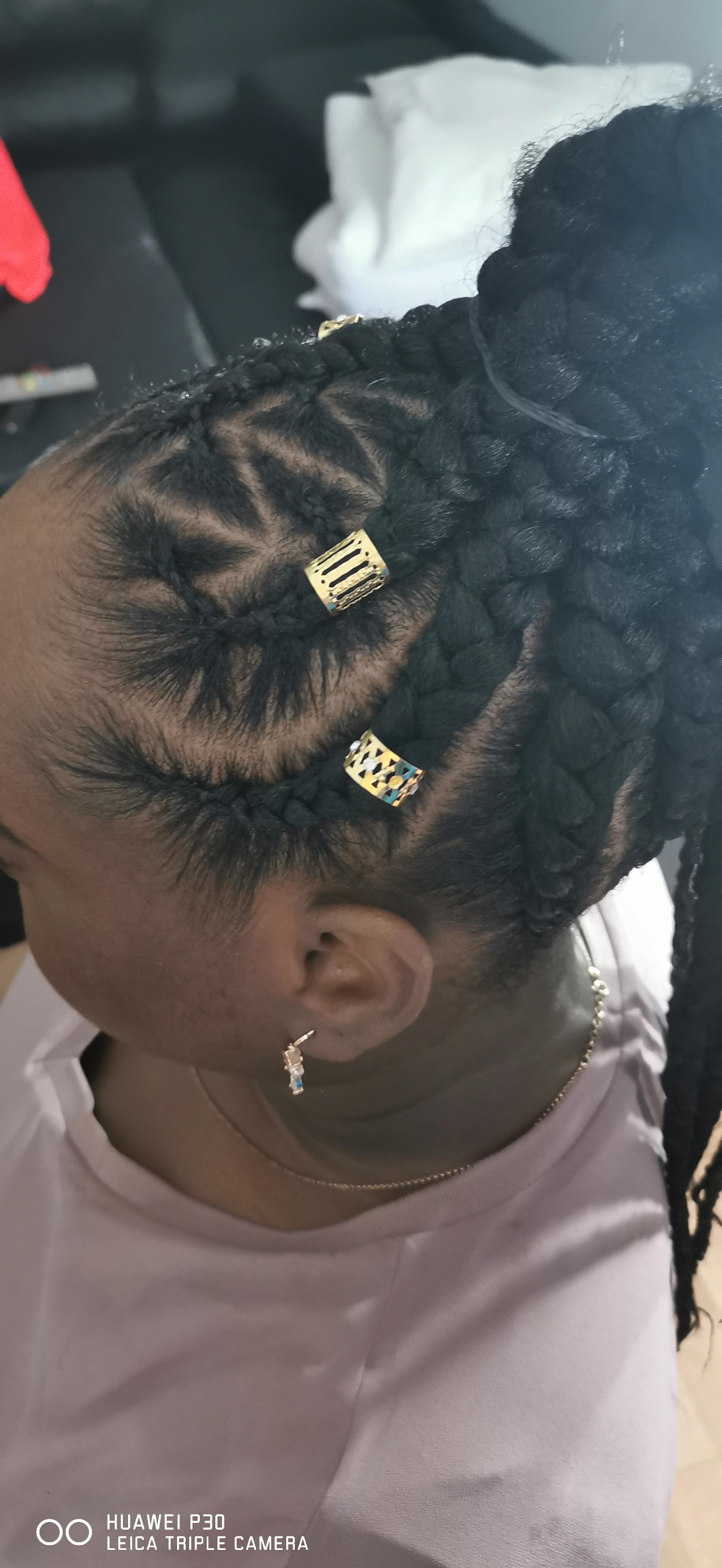 salon de coiffure afro tresse tresses box braids crochet braids vanilles tissages paris 75 77 78 91 92 93 94 95 TYLNWFQN