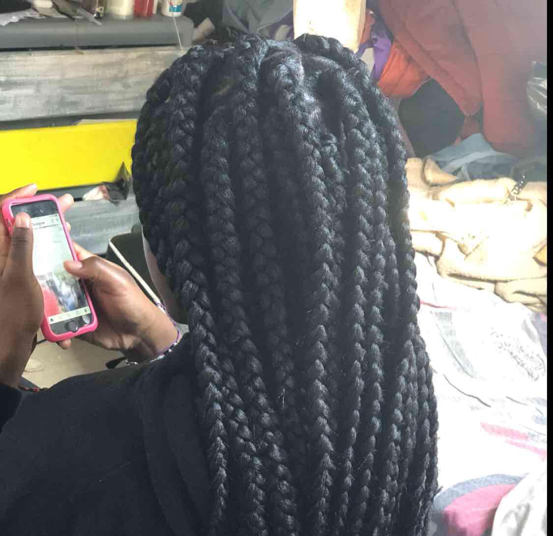 salon de coiffure afro tresse tresses box braids crochet braids vanilles tissages paris 75 77 78 91 92 93 94 95 KBPZAILE