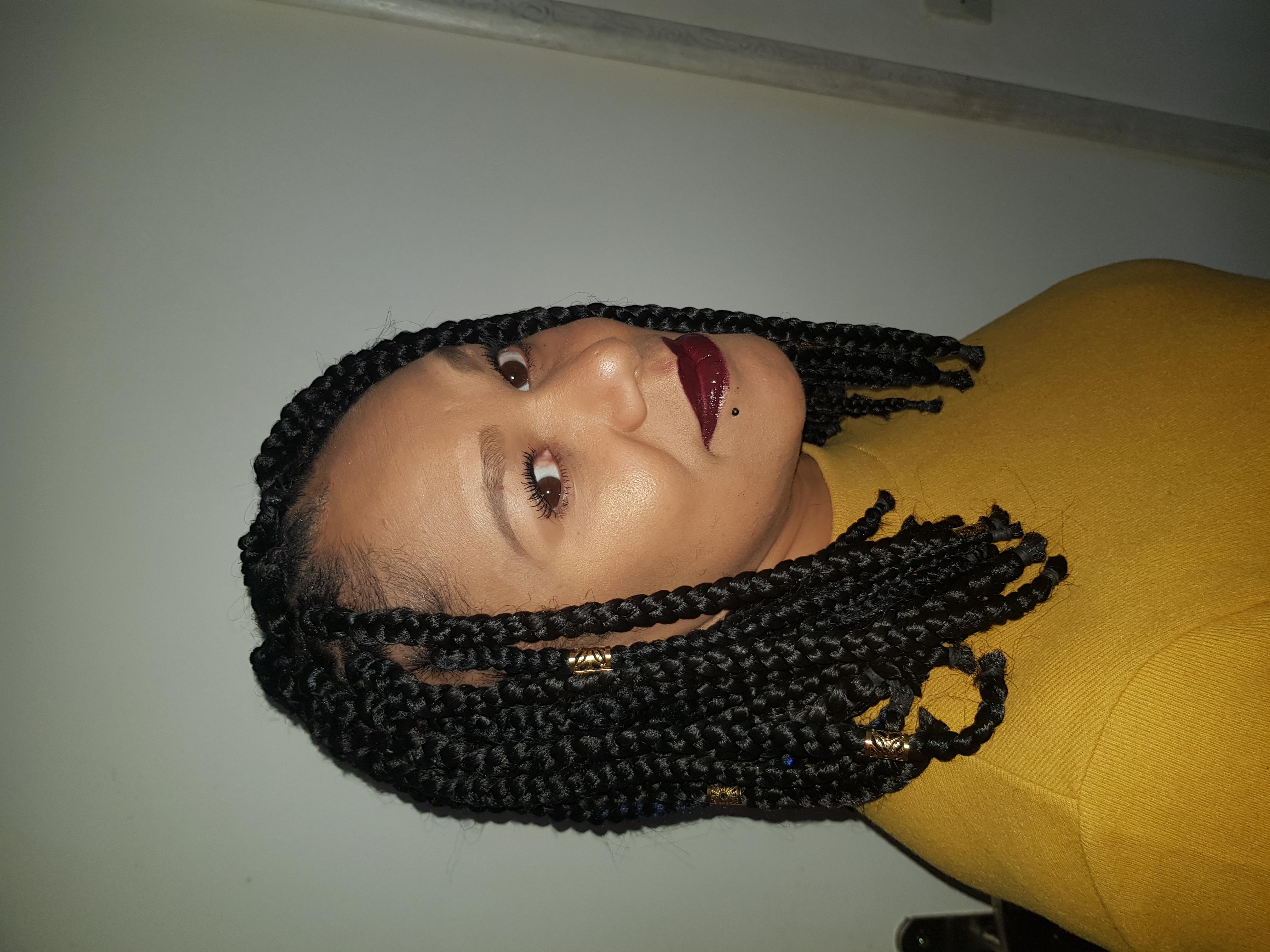 salon de coiffure afro tresse tresses box braids crochet braids vanilles tissages paris 75 77 78 91 92 93 94 95 RKLNSAQO