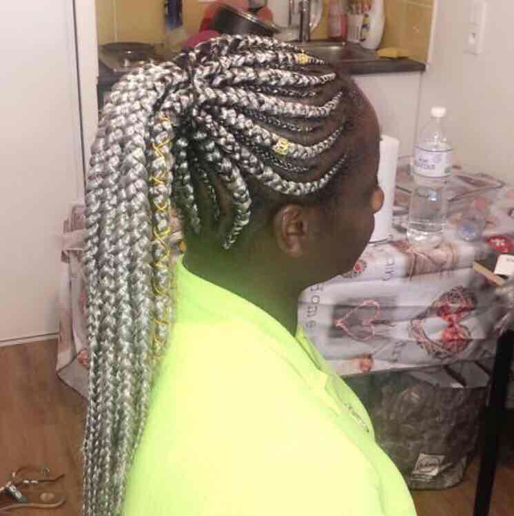 salon de coiffure afro tresse tresses box braids crochet braids vanilles tissages paris 75 77 78 91 92 93 94 95 VGDQGGLY