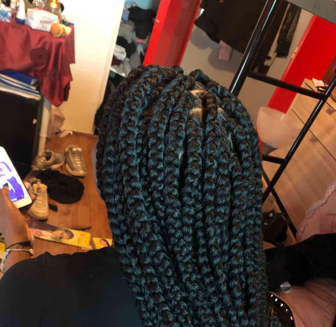 salon de coiffure afro tresse tresses box braids crochet braids vanilles tissages paris 75 77 78 91 92 93 94 95 TOINMYYP