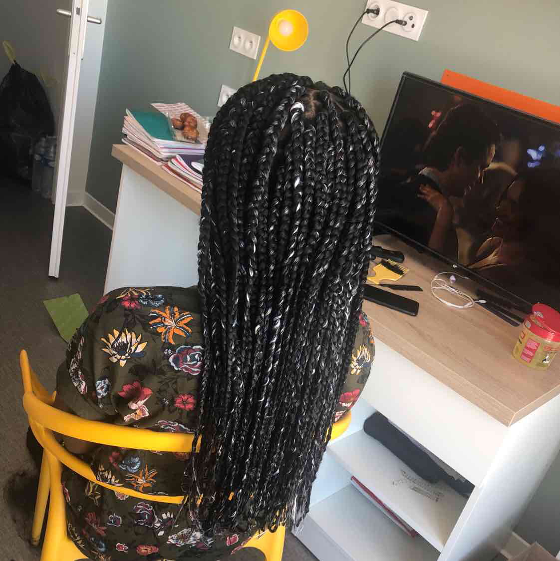 salon de coiffure afro tresse tresses box braids crochet braids vanilles tissages paris 75 77 78 91 92 93 94 95 KNXUWPGD