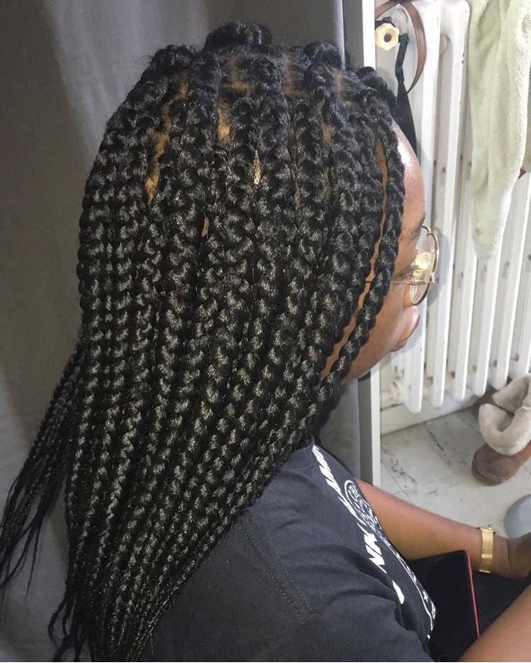 salon de coiffure afro tresse tresses box braids crochet braids vanilles tissages paris 75 77 78 91 92 93 94 95 AMIURTVU