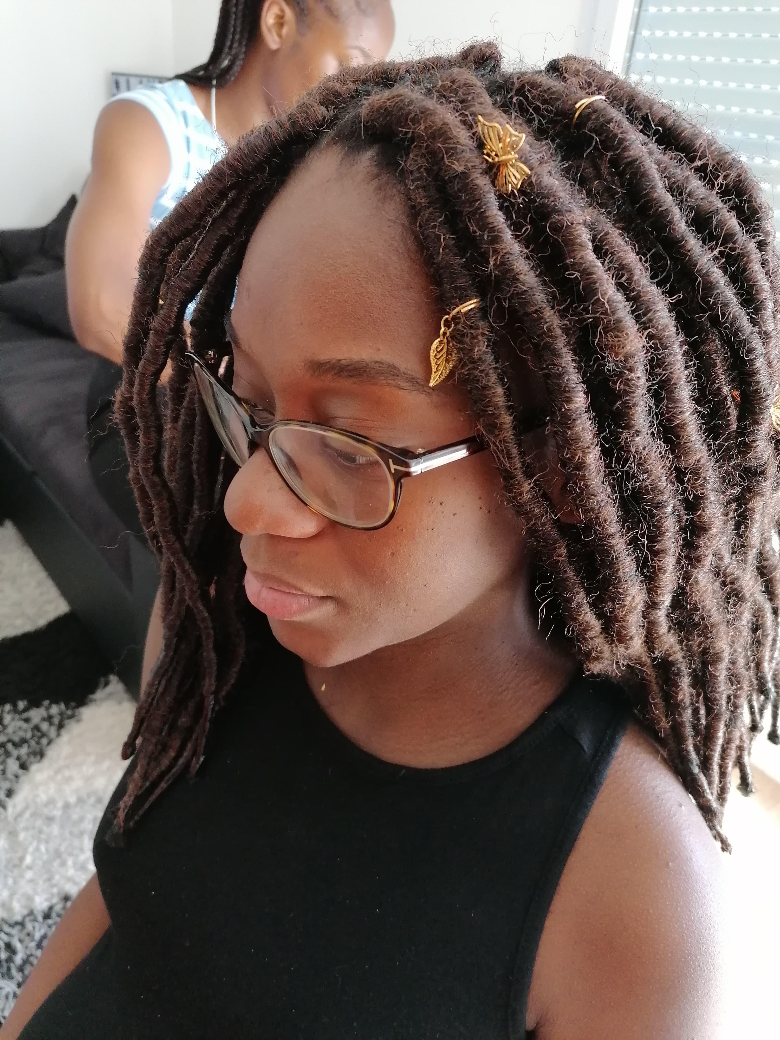 salon de coiffure afro tresse tresses box braids crochet braids vanilles tissages paris 75 77 78 91 92 93 94 95 VMUDWUOU