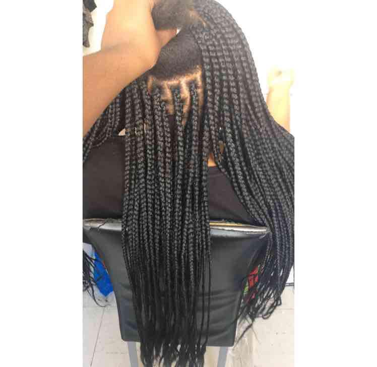 salon de coiffure afro tresse tresses box braids crochet braids vanilles tissages paris 75 77 78 91 92 93 94 95 EKFZPNFH