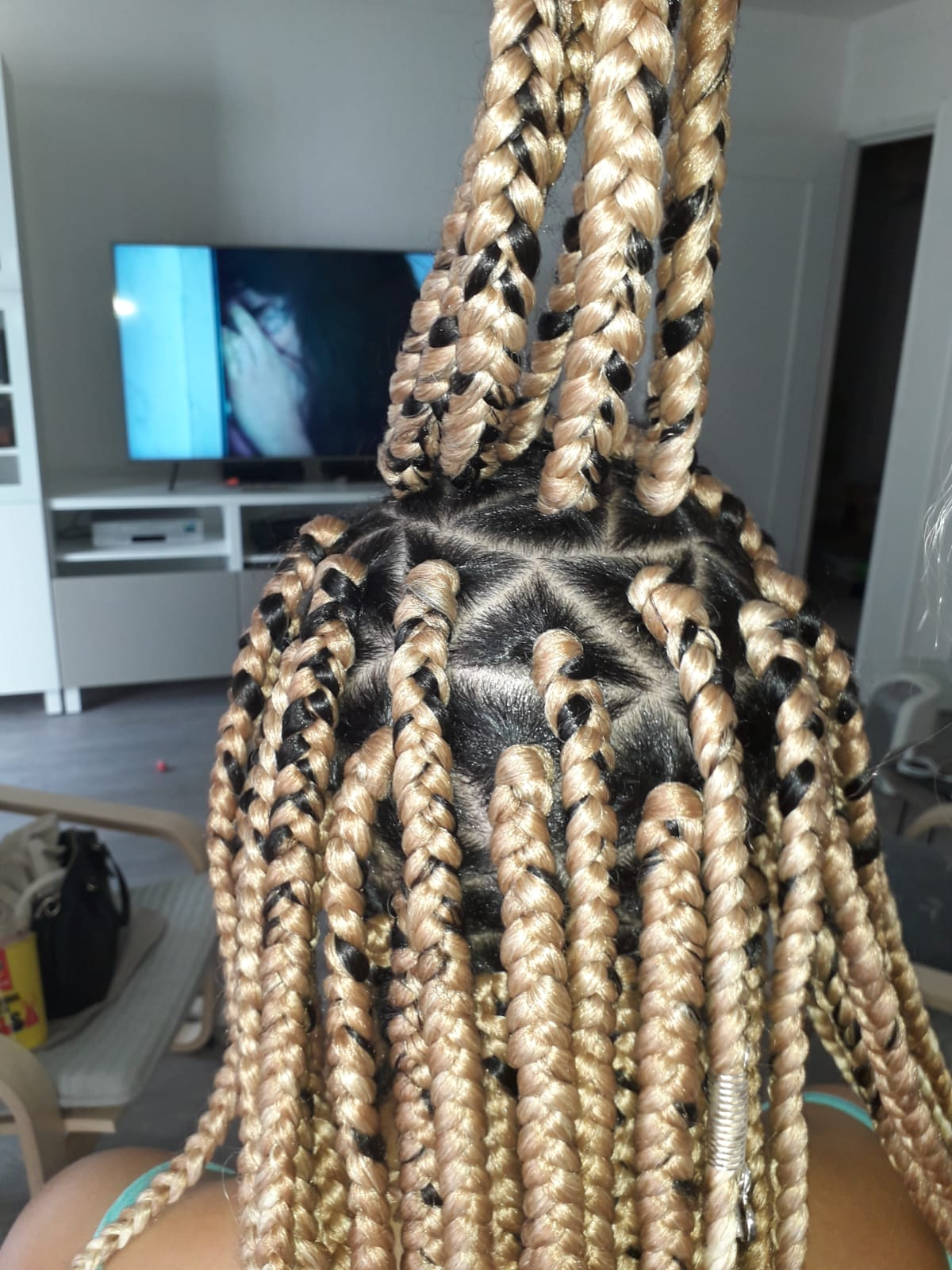 salon de coiffure afro tresse tresses box braids crochet braids vanilles tissages paris 75 77 78 91 92 93 94 95 CUYZRPFR