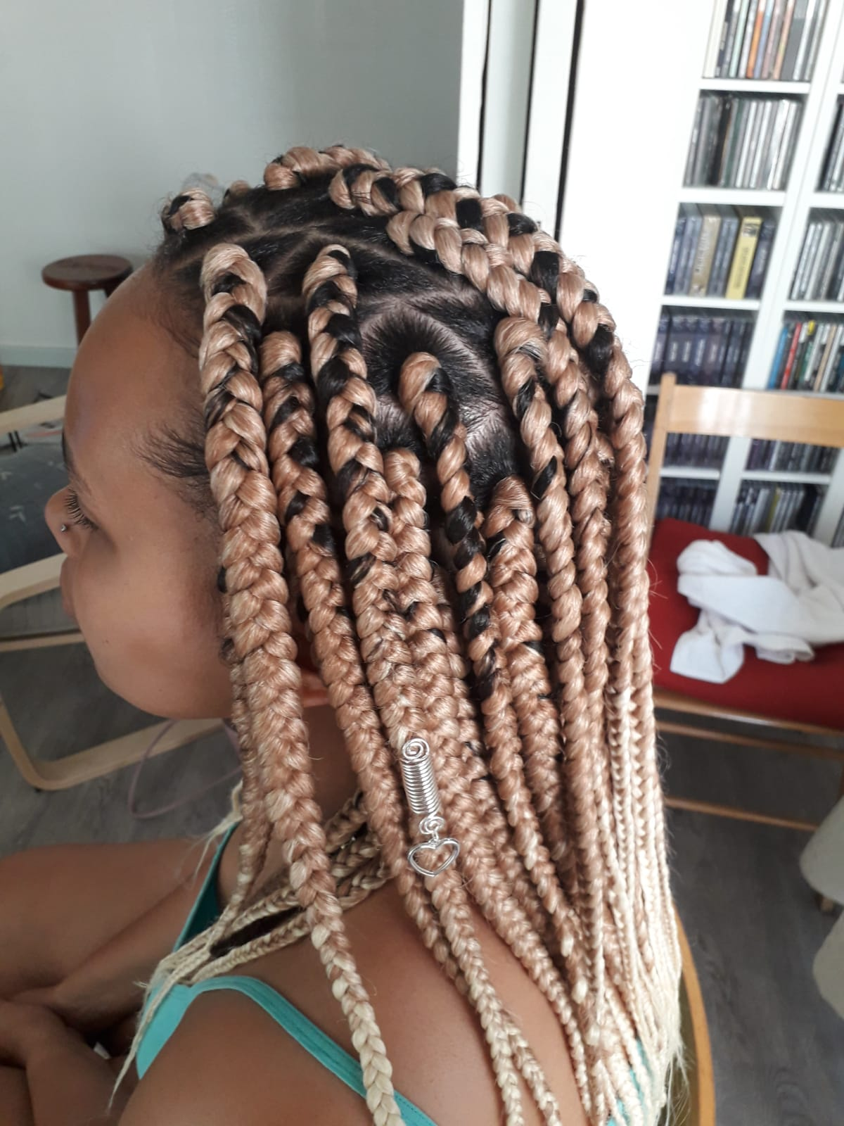 salon de coiffure afro tresse tresses box braids crochet braids vanilles tissages paris 75 77 78 91 92 93 94 95 UOGWUPIS