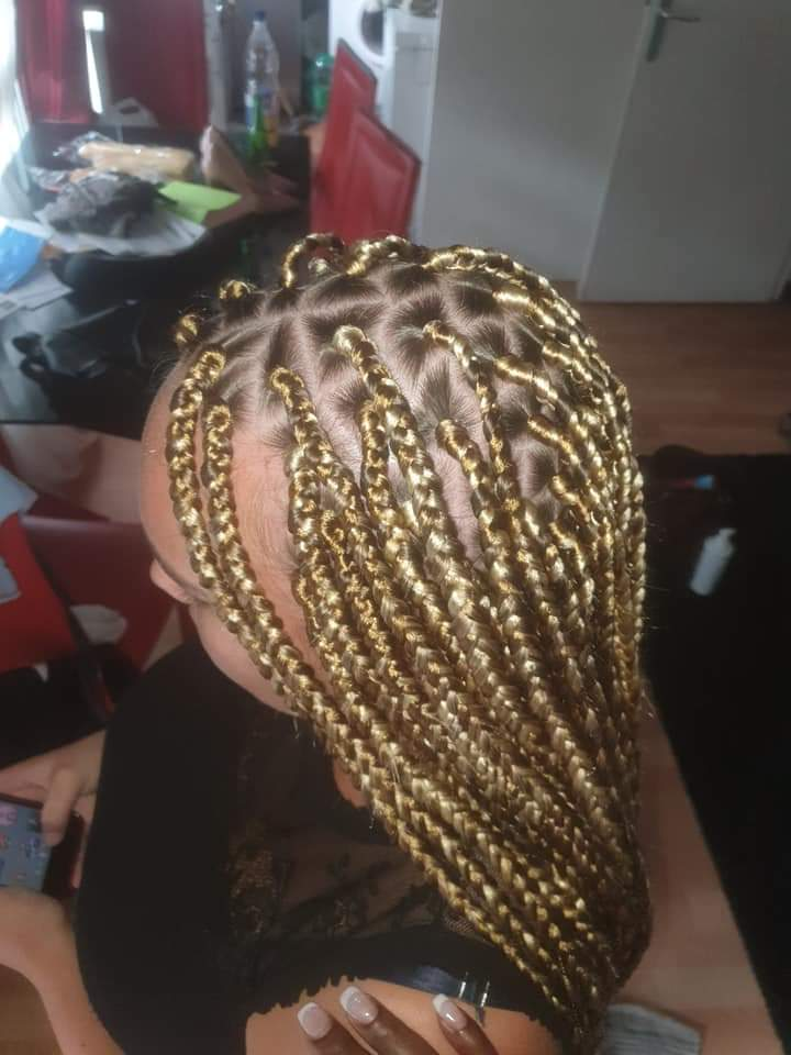 salon de coiffure afro tresse tresses box braids crochet braids vanilles tissages paris 75 77 78 91 92 93 94 95 KDMLQHYM