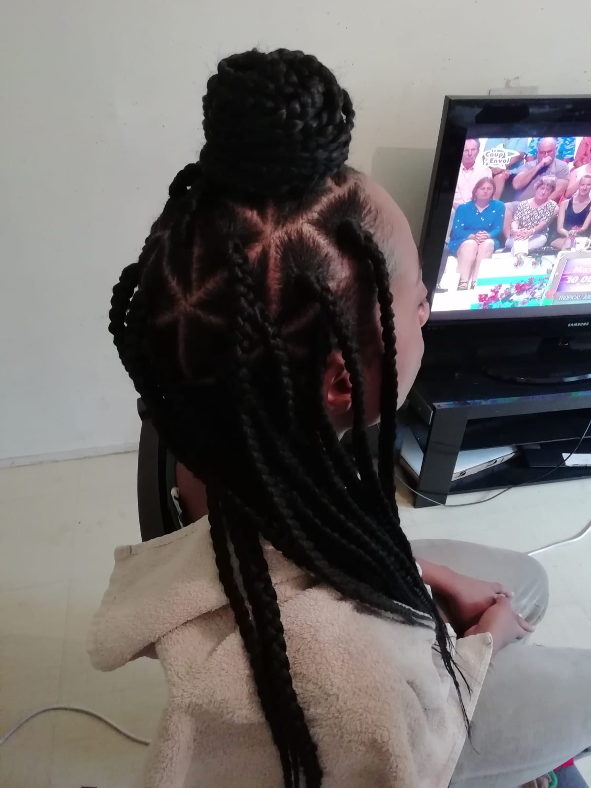 salon de coiffure afro tresse tresses box braids crochet braids vanilles tissages paris 75 77 78 91 92 93 94 95 JAAUGNIN