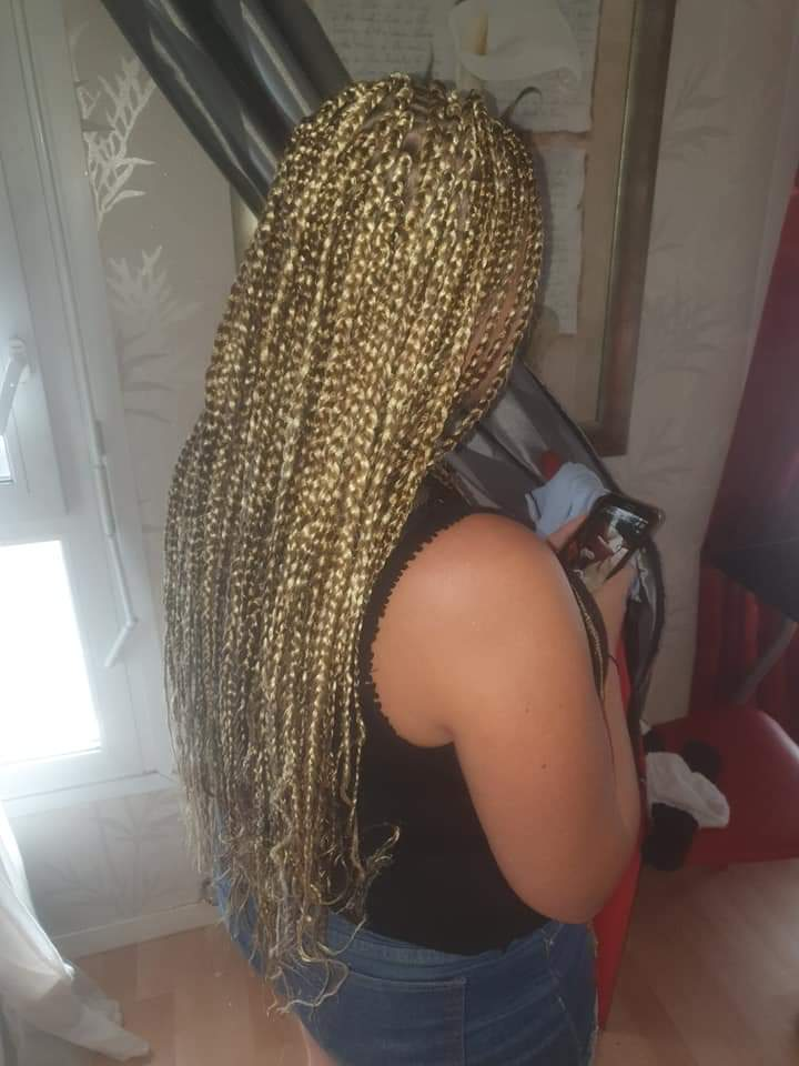 salon de coiffure afro tresse tresses box braids crochet braids vanilles tissages paris 75 77 78 91 92 93 94 95 UERFHJDS
