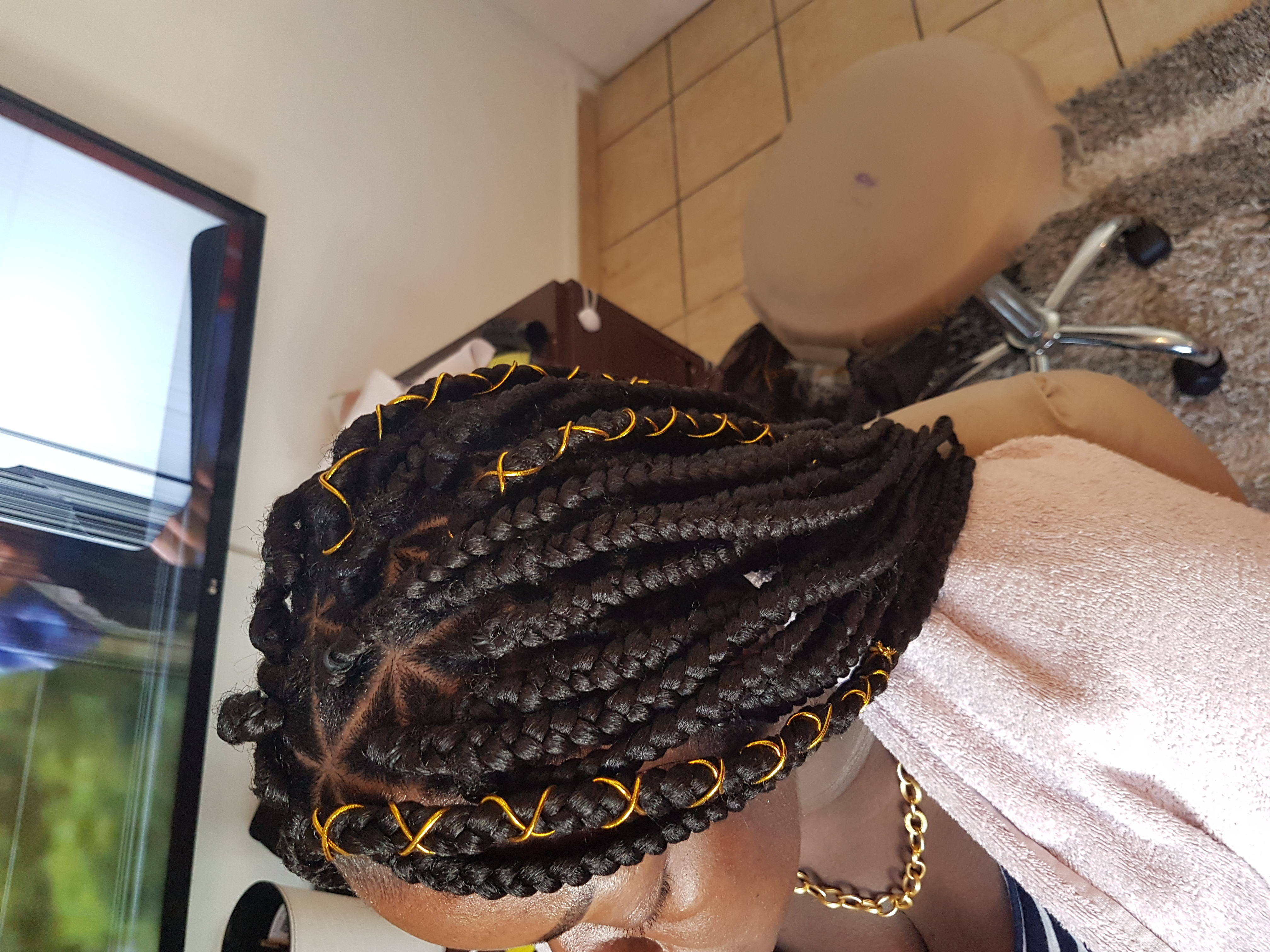 salon de coiffure afro tresse tresses box braids crochet braids vanilles tissages paris 75 77 78 91 92 93 94 95 FYRBPJNC