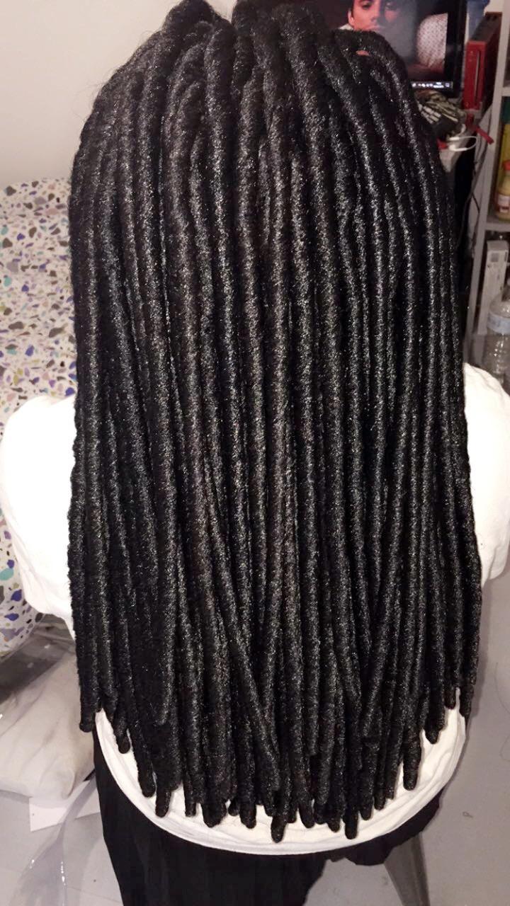 salon de coiffure afro tresse tresses box braids crochet braids vanilles tissages paris 75 77 78 91 92 93 94 95 MBOSJKNK
