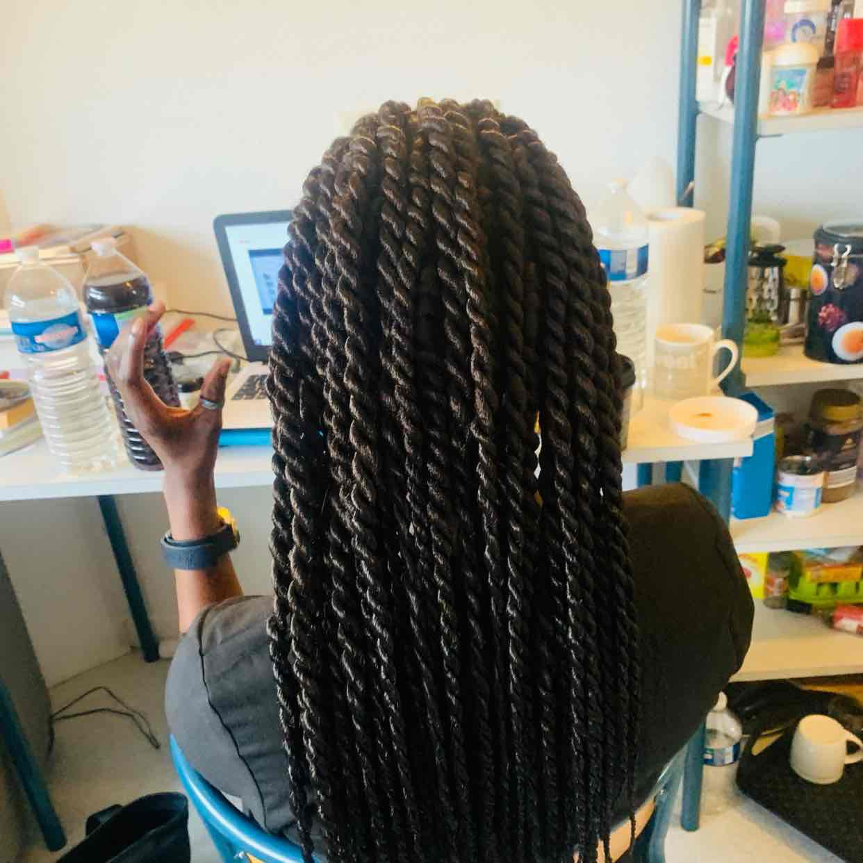 salon de coiffure afro tresse tresses box braids crochet braids vanilles tissages paris 75 77 78 91 92 93 94 95 HYGXRGMV