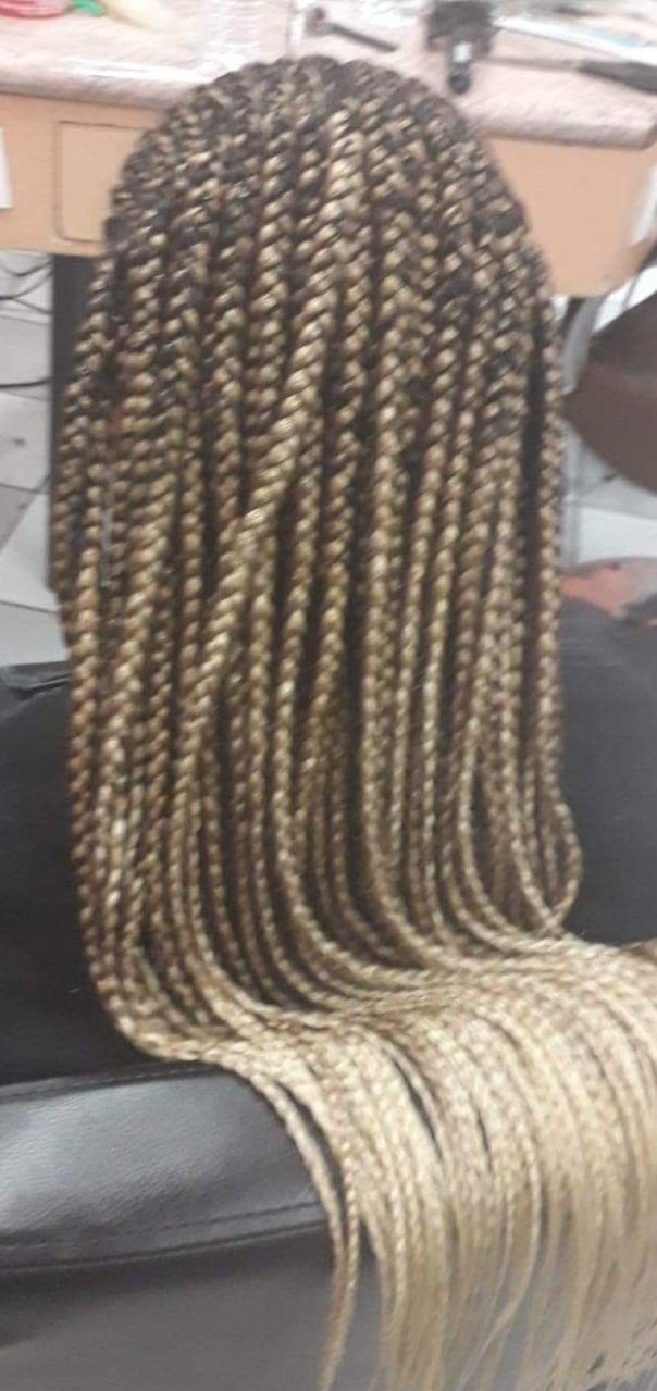 salon de coiffure afro tresse tresses box braids crochet braids vanilles tissages paris 75 77 78 91 92 93 94 95 WRVLYECW