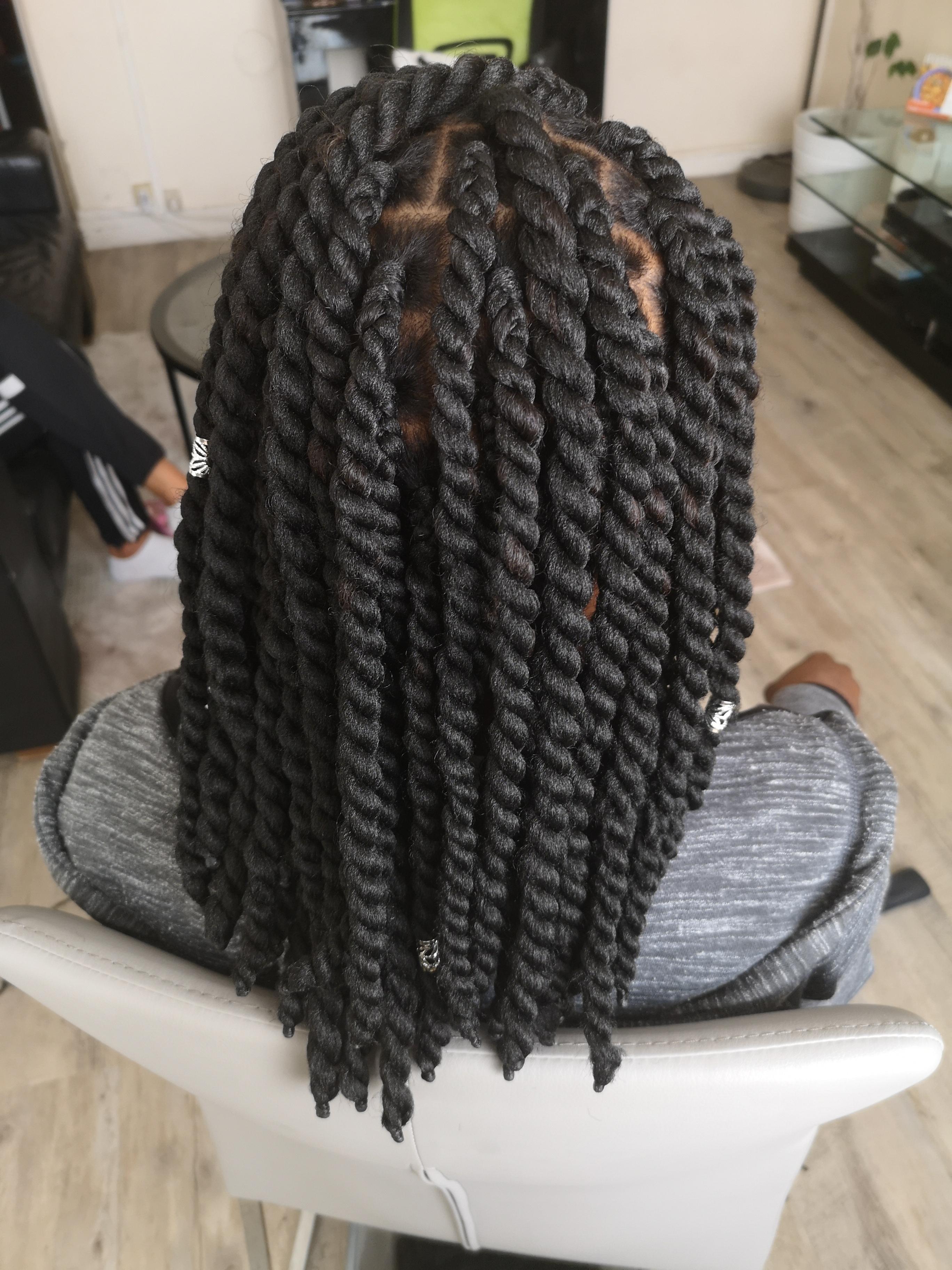 salon de coiffure afro tresse tresses box braids crochet braids vanilles tissages paris 75 77 78 91 92 93 94 95 AQBOJCKM