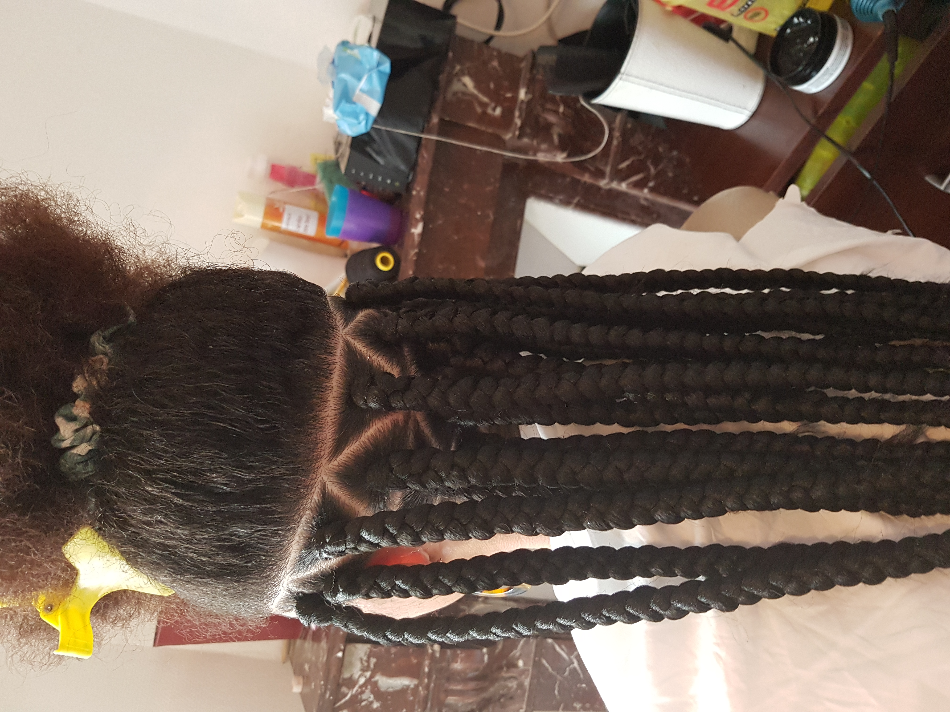 salon de coiffure afro tresse tresses box braids crochet braids vanilles tissages paris 75 77 78 91 92 93 94 95 UYJPAYIS